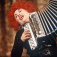 Yvette Horner au Casino de Paris en 1990. La reine de l'accordéon est morte à 95 ans le 11 juin 2018.