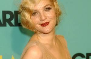 Drew Barrymore... juste magnifique en diva 1930 ! Magnifique on vous dit... et c'est tout !