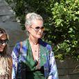 Semi-exclusif - Laeticia Hallyday et son amie Christina vont rejoindre des amies dans une villa avant d'aller dejeuner à Beverly Hills le 20 juin 2018.