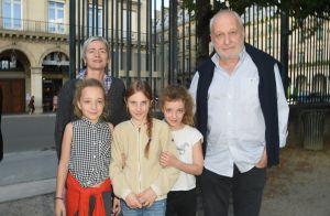 François Berléand, 66 ans : Rare sortie avec ses jeunes jumelles Lucie et Adèle