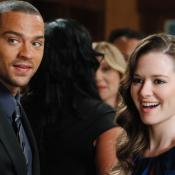 """Grey's Anatomy: Jesse Williams balance sur le départ """"désagréable"""" de Sarah Drew"""