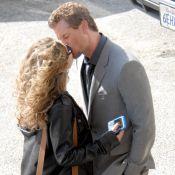 Quand Eric Dane, très amoureux, embrasse langoureusement sa femme... au travail !