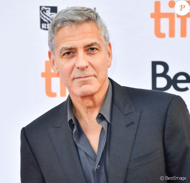 """George Clooney à la première de """"Suburbicon"""" au Toronto International Film Festival 2017 (TIFF), le 9 septembre 2017."""