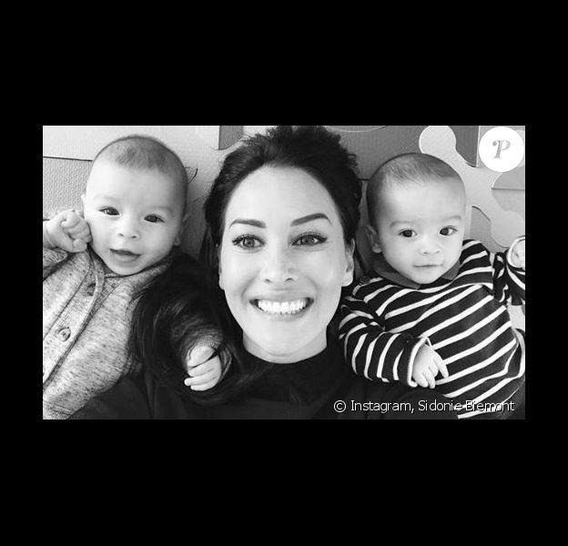Sidonie Biemont avec ses deux jumeaux - Instagram, 4 janvier 2018
