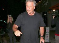 Alec Baldwin pris en flagrant délit après avoir quitté un restaurant sans payer