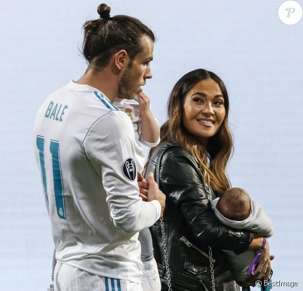 Gareth Bale avec sa compagne Emma Rhys-Jones et ses enfants Nava et Axel - Toute l'équipe du Real Madrid célèbre la victoire en Ligue des champions à Madrid en Espagne, le 27 mai 2018.
