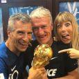 Nagui pose avec son ami Didier Deschamps et sa femme Mélanie Page lors de la Coupe du monde 2018. Instagram, juillet 2018.