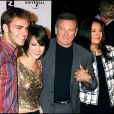 Robin Williams, sa femme Marsha Garces, leur fille Zelda et son petit-ami à Los Angeles en 2006.