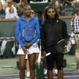 Serena Williams a été battue, 6-3, 6-4, par sa soeur Venus au 3e tour du tournoi BNP Paribas Open d'Indian Wells, Californie, Etats-Unis, le 12 mars 2018.