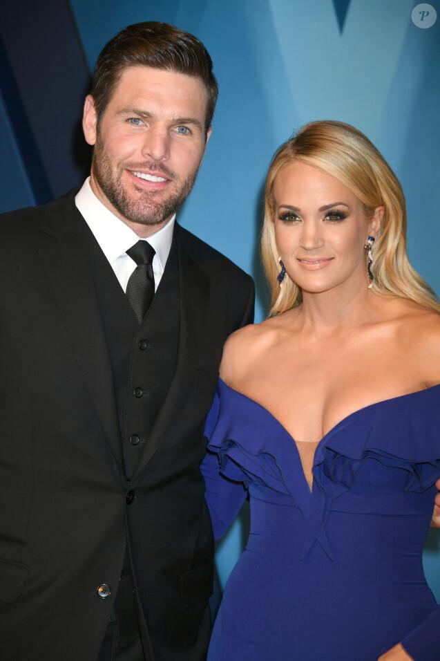 Carrie Underwood et son mariMike Fisherlors de la 51ème édition des Country Music Awards (CMA) au Music City Center à Nashville, le 8 novembre 2017.