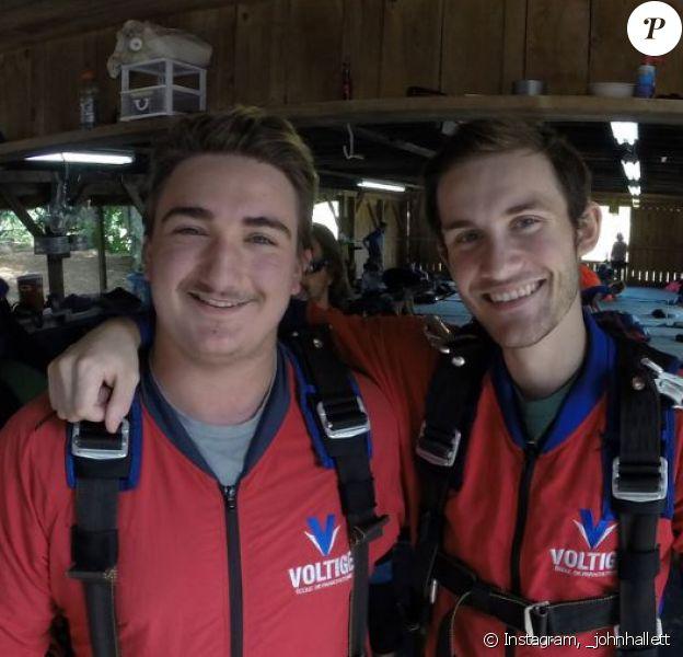René-Charles Angélil et son ami John ont effectué un saut en parachute au Canada le 5 août 2018