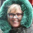 Exclusif - Laurence Boccolini sort d'un enregistrement radio à Paris dans une doudoune camouflage à fourrure verte le 25 avril 2017.