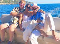 """David Beckham torse nu et en famille pour retrouver """"l'oncle"""" Elton John"""