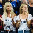 Joalukas Noah, sa mère Isabelle Camus (femme de Yannick Noah) et Clémence Bertrand (la compagne de Lucas Pouille) durant le match entre le joueur de tennis français Benoît Paire, opposé au joueur espagnol Pablo Carreno Busta, lors de la Demi finale simple de la Coupe Davis de tennis France / Espagne, remportée par la France: (7-5, 6-1, 6-0) à Villeneuve-d'Ascq, France, le 14 septembre 2018.