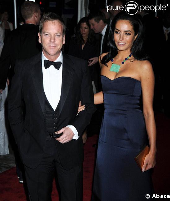 Kiefer Sutherland et sa compagne  Siobhan Bonnouvrier  arrivent au Costume Institute Gala à New York le 5 mai 2009