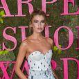 Stella Maxwell lors de la soirée des Green Carpet Fashion Awards au théâtre La Scala à Milan, Italie, le 23 septembre 2018.