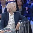 """Jimmy Bennett donne une interview exclusive sur le plateau de """"Non è l'Arena sur la chaîne italienne LA7, dimanche 23 septembre 2018. Il est accompagné de son avocat Gordon Sattro."""