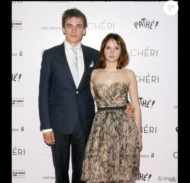 Rupert Friend et Felicity Jones lors de la première du film Chéri à Londres le 6 mai 2009