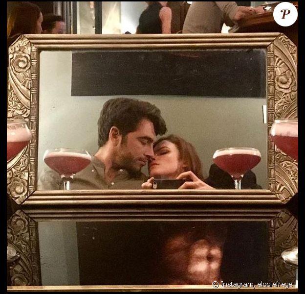 Elodie Frégé et Gian Marco Tavani passent la soirée en amoureux, à Paris, le 6 octobre 2018