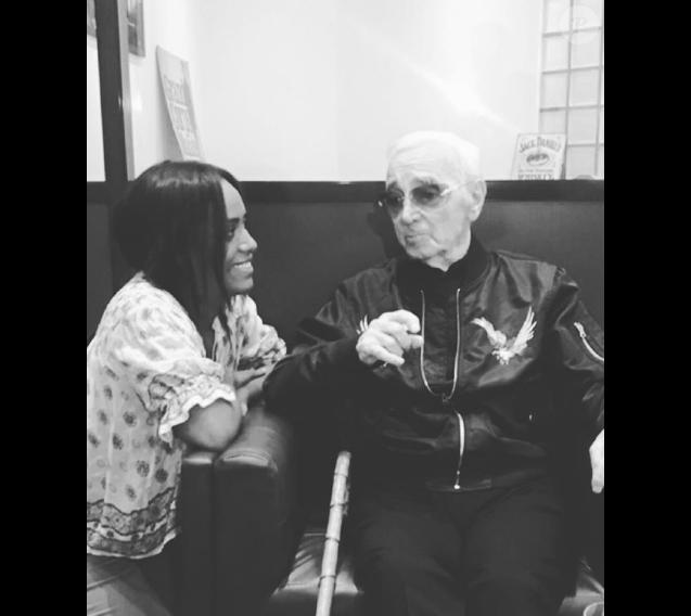 Amel Bent et Charles Aznavour le 27 septembre 2018 à Paris.