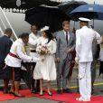 Meghan Markle et le prince Harry lors de leur arrivée à Suva, aux îles Fidji, le 23 octobre 2018.