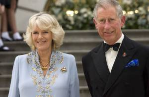 Le prince Charles et Camilla : soirée spectacle avec la cousine Sarah et une superbe danseuse étoile !