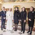 Le prince Frederik et la princesse Mary de Danemark ont été reçus en audience par le pape François au Vatican lors de leur visite officielle à Rome, le 8 novembre 2018