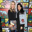 Nicky Hilton Rothschild et Huma Abedin assistent à la soirée de lancement de la collection Keith Haring x alice + olivia aux Highline Stages. New York, le 13 novembre 2018.