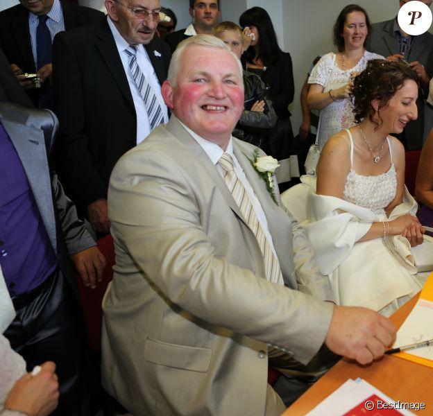 """Mariage de Thierry Olive de """"L'amour est dans le pré"""" avec Annie. Le 14 septembre 2012 à Gavray."""