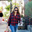 Jennifer Garner est allée déjeuner avec sa fille Seraphina au Country Mart avant d'aller acheter des chocolats chez Edelweiss à Brentwood, le 2 novembre 2018