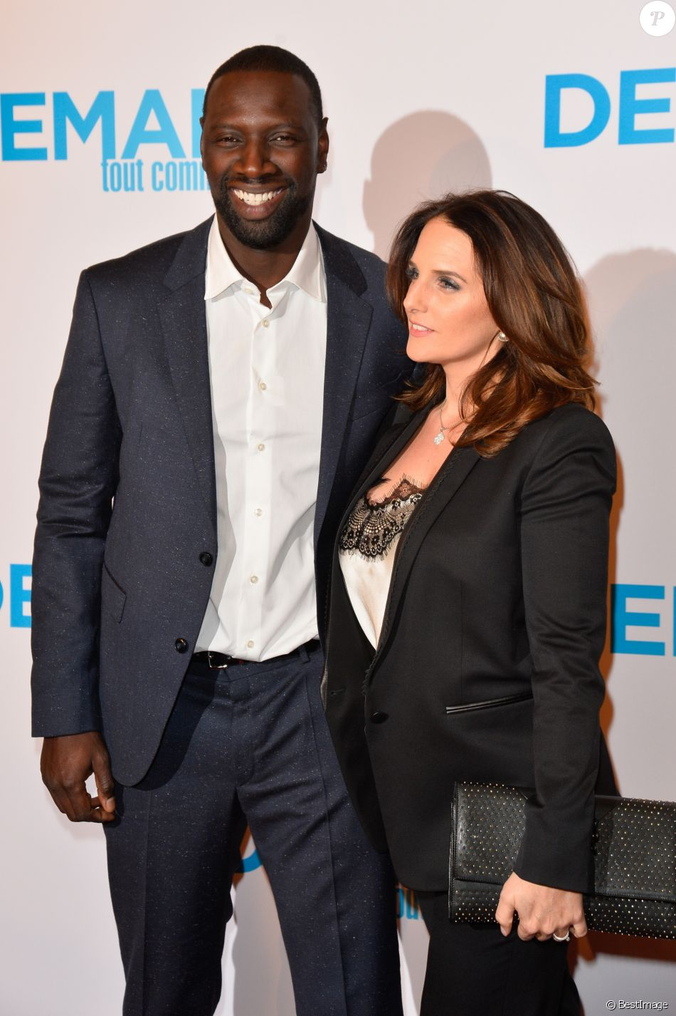 omar sy et son pouse h l ne leur rencontre quasi surnaturelle purepeople. Black Bedroom Furniture Sets. Home Design Ideas