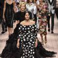 Monica Bellucci, Eva Herzigova lors du défilé Dolce & Gabbana pour la collection Prêt-à-Porter Printemps/Eté 2019 lors de la Fashion Week de Milan, Italie, le 23 septembre 2018.