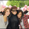 Anne-Laure, Lââm et Victoria ont participé à la grande Marche contre la leucémie (et pour le Don de Soi) organisée par l'association Laurette Fugain, à Paris