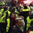 Manifestation du mouvement des gilets jaunes sur les Champs-Elysées. Paris, le 24 novembre 2018. © Justine Sacreze/Bestimage