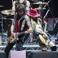 Richie Sambora et Orianthi en concert à l'O2 Arena. Londres, octobre 2016.