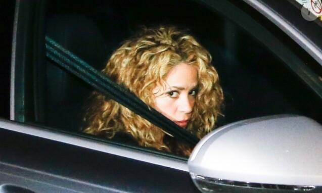 Shakira va fêter son 41ème anniversaire et le 31ème anniversaire de son compagnon le défenseur du FC Barcelone, Gerard Pique, avec des amis et de la famille à leur domicile à Barcelone en Espagne.