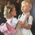 Le prince héréditaire Jacques et la princesse Gabriella de Monaco lors de leur première rentrée des classes, le 12 septembre 2018, photo publiée sur le compte Instagram de la princesse Charlene.