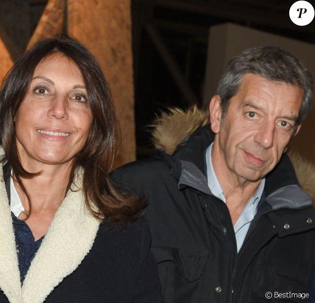 Exclusif - Michel Cymes et sa femme Nathalie - Dîner à la fondation Cartier au profit de La Chaîne de l'Espoir à Paris, le 14 décembre 2018. © Coadic Guirec/Bestimage