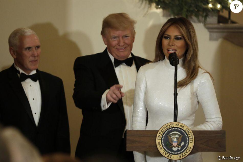 Le président Donald Trump et la première dame Melania Trump participent au bal du Congrès à la Maison Blanche à Washington le 15 décembre 2018.