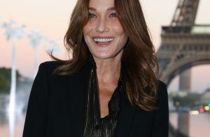 Carla Bruni-Sarkozy : Sa petite Giulia impatiente au pied de l'immense sapin