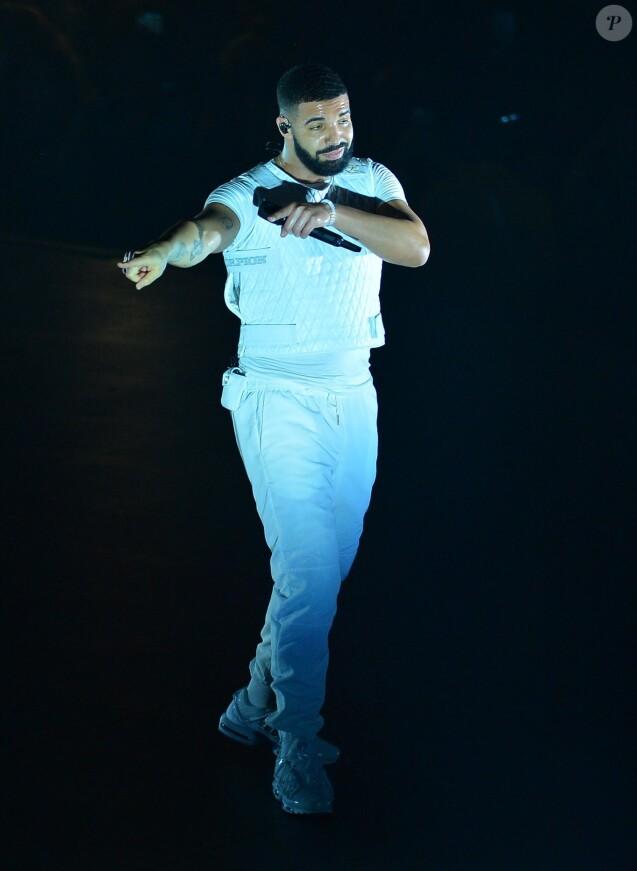Drake en concert à l'American Airlines Arena à Miami le 13 novembre 2018.