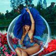 Rihanna pose pour Savage X Fenty.