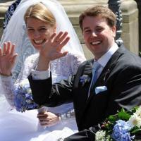 Saxe divorced singles