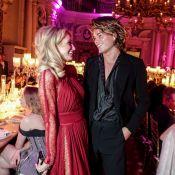 Paris Hilton : Célibataire et sous le charme d'un jeune mannequin