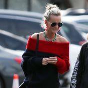 Laeticia Hallyday : Promenade décontractée avec une amie à Los Angeles