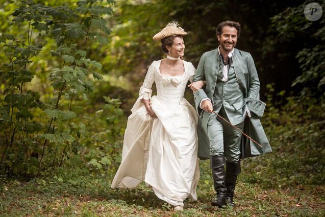"""Cécile de France et Edouard Baer """"Mademoiselle de Joncquières"""" d'Emmanuel Mouret, en Blu-Ray et DVD le 16 janvier 2019."""
