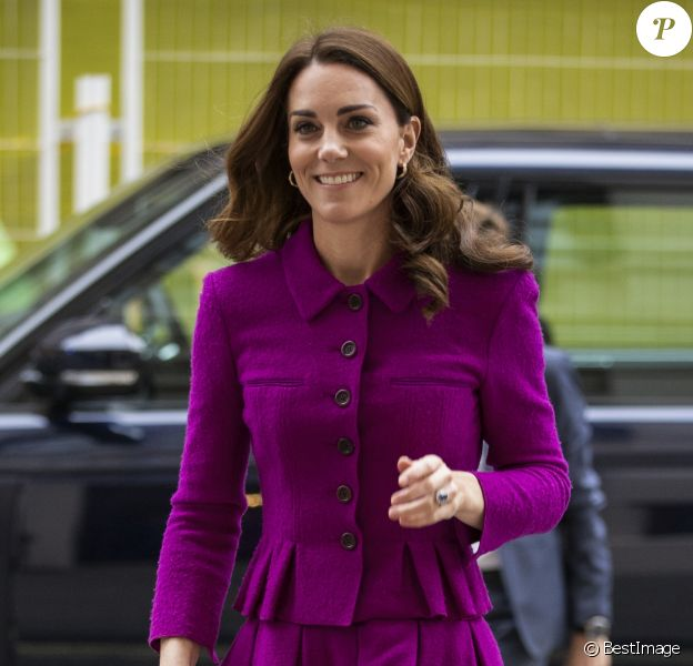 Kate Catherine Middleton, duchesse de Cambridge, arrive à la Royal Opera House à Londres, pour visiter le département costumes, le 16 janvier 2019.