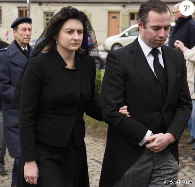 La princesse Stéphanie (née comtesse de Lannoy), grande-duchesse héritière de Luxembourg, avec son époux le prince Guillaume aux obsèques de son père le comte Philippe de Lannoy à Anvaing en Belgique le 16 janvier 2019.