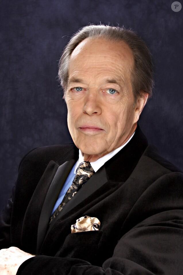 Henri d'Orléans, comte de Paris, portrait en 2009. Henri d'Orléans est mort à 85 ans le 21 janvier 2019.
