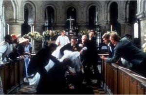 4 mariages et un enterrement : 25 ans plus tard, découvrez le casting réuni !